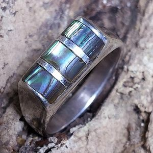 Vintage Jewelry - Vintage Abalone + Sterling Silver ring 7